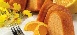 Bizcocho de naranja con mantequilla